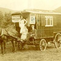 NUWSS van tour 1909.jpg